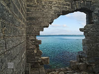 hole, wall, ruin, hospital, island, ireland, old, somerset