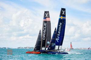 Team Oracle & Artemis Racing I