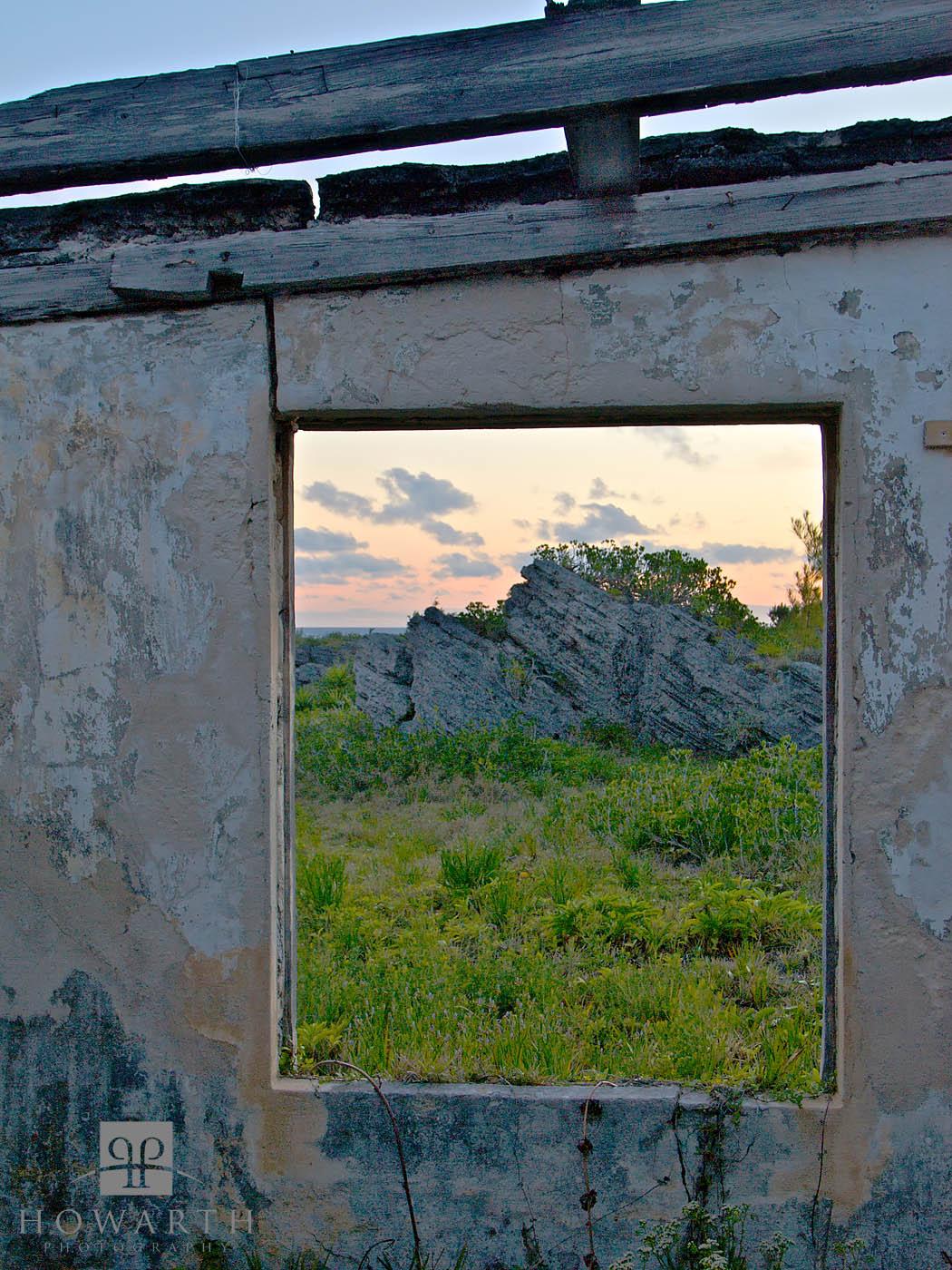 windowless, ruin, southampton, photo
