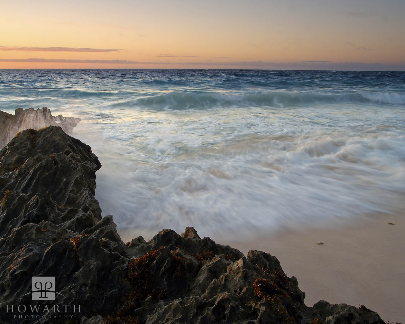 rush, swoosh, southland, beach, property, warwick, incoming, wave, photo
